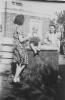 Kobus met tante Rikie en tante Truus